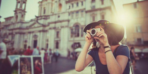 Se volete davvero ricordare un evento, smettetela di scattare fotografie (parola di
