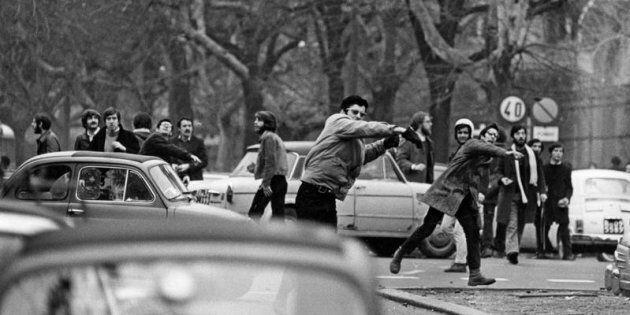 01/03/1968 Roma, manifestazione studentesca a valle