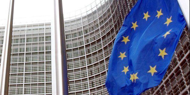 Bruxelles tiene l'Italia sulla corda: l'ultimo documento di bilancio inviato da Roma non convince la...