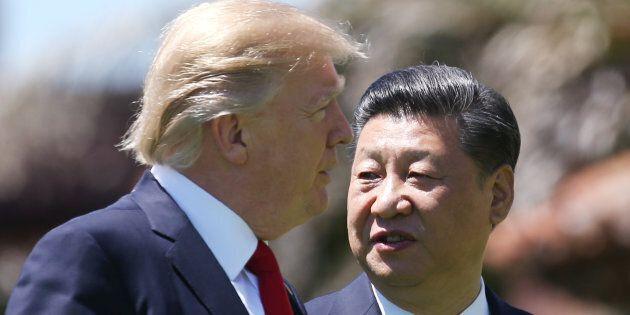 Nuovi dazi Usa contro la Cina: dal 23 agosto colpiranno quasi 300 prodotti. Pechino: