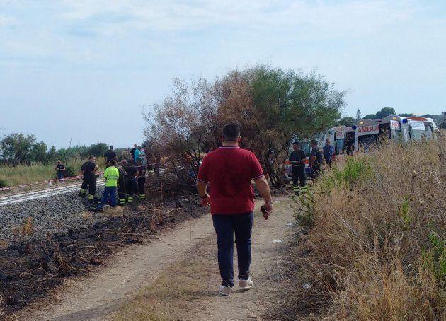 Treno investe una famiglia a Brancaleone: morti due