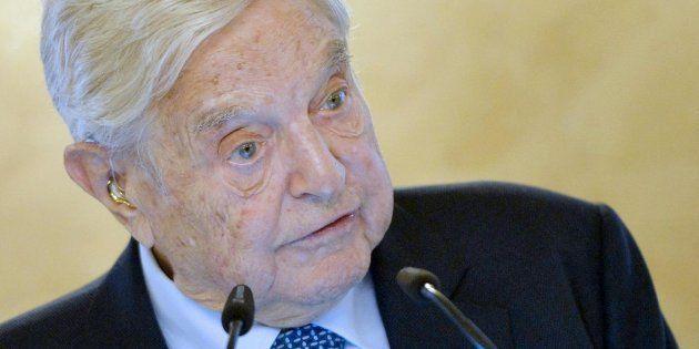 George Soros è la persona dell'anno per il Financial