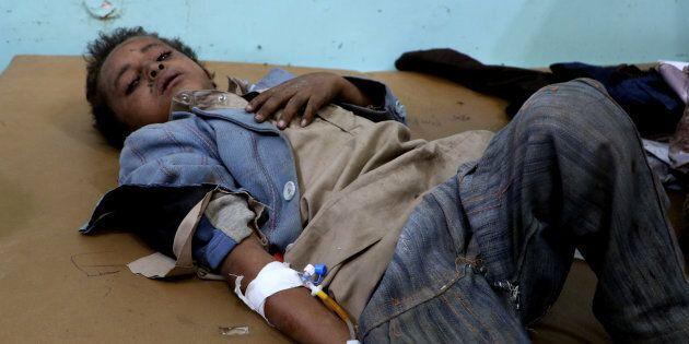 Yemen, raid saudita contro uno scuolabus: almeno 43 morti, quasi tutti
