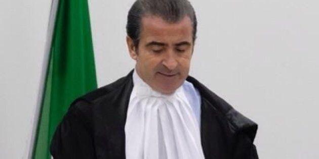 Insultato e minacciato nei commenti a un post di Salvini, giudice finisce sotto