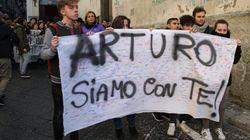 Preso anche l'ultimo del branco che aggredì Arturo a Napoli. La madre:
