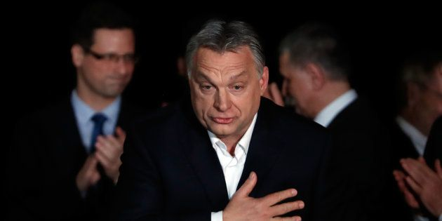 Con Orban rinasce una cortina di