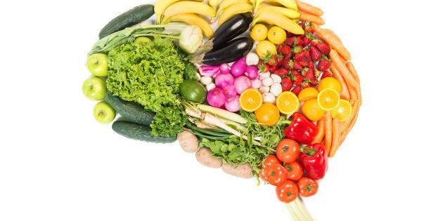 La dieta del cervello: 10 cibi e abitudini che ci rendono più