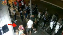 Aspettavano le vittime davanti al McDonald's per aggredirle e rapinarle, due fermati a