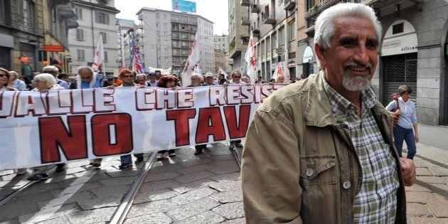 Tensione fra i No Tav e M5S dopo una mail di Alberto Perino: