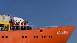 Raggiunto l'accordo sull'Aquarius: la nave con 141 migranti attraccherà a