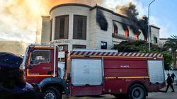 Attacco kamikaze in Libia, colpito il Ministero degli Esteri a