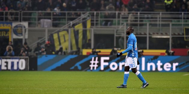 MILAN, ITALY - DECEMBER 26: Kalidou Koulibaly of Napoli leaves the pitch after a red card during the...