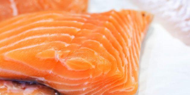 Rischio listeria: la Coop richiama un lotto di salmone