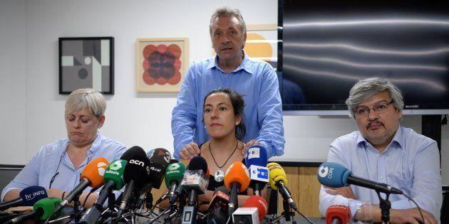 La denuncia dei superstiti dell'attentato di Barcellona: