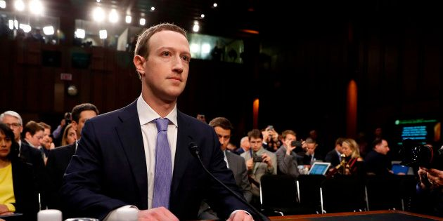 Mark Zuckerberg si scusa davanti al Congresso Usa: