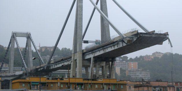 Battaglia social sul crollo del ponte con tweet