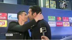 Cristiano Ronaldo abbraccia Buffon: