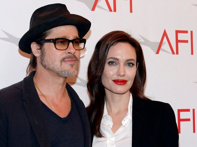 Brad Pitt e Angelina Jolie nel 2015 REUTERS/Kevork Djansezian (UNITED STATES - Tags: