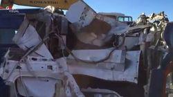 Assalto a furgone portavalori nel Barese, sventrato con una ruspa. Rubati i soldi delle