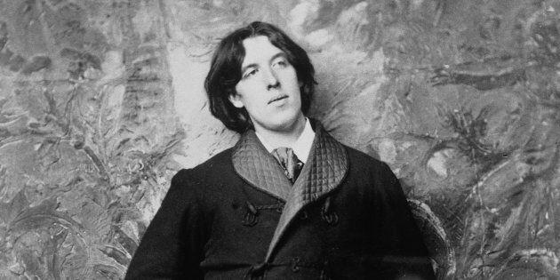 Oscar Wilde amò una donna dai capelli rossi e dal coraggio di tigre.