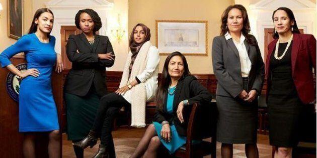 Alexandria Ocasio-Cortez e le donne neoelette in questa foto comunicano un potente