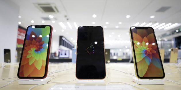 Apple taglia stime ricavi, pesa la Cina. Ma il timore è che l'iPhone abbia perso il tocco