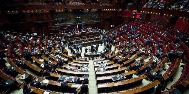 Il ricorso Pd sulla manovra rischia di compromettere il ruolo stesso della Consulta. Il prof. Paolo Pombeni...