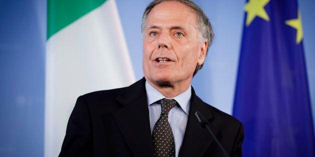Farnesina in pressing diplomatico sull'Ue che promette ma non