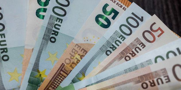 Reddito di cittadinanza, tetto ai fondi del sussidio. 53% assegni al Sud, anche a stranieri residenti...