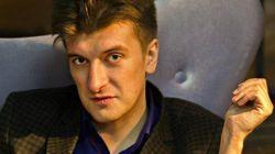 Giornalista muore cadendo dal balcone: è giallo. Indagava sulle morti di mercenari russi in