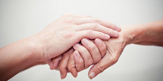 La solitudine delle esistenze ferite e la necessità di costruire solidarietà