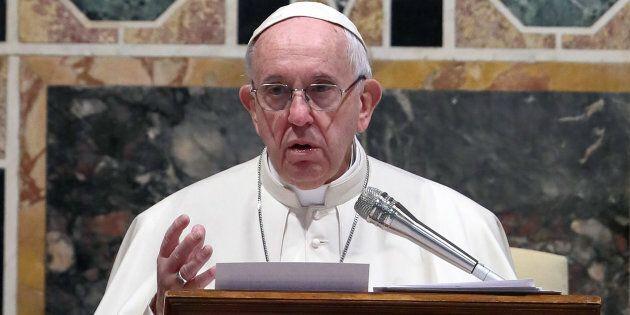 Papa Francesco mette in guardia: 2019 fa rima con