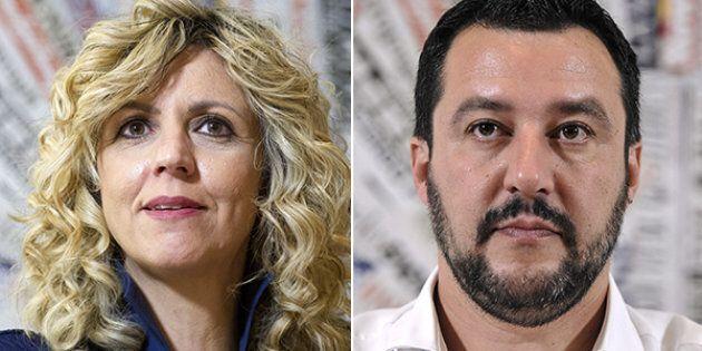 Barbara Lezzi difende Roberto Fico: