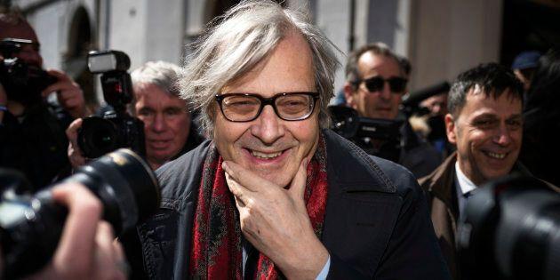 Vittorio Sgarbi si dimette da sindaco di Sutri dopo 2 mesi: