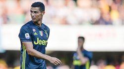 Cristiano Ronaldo ascolti la favola di