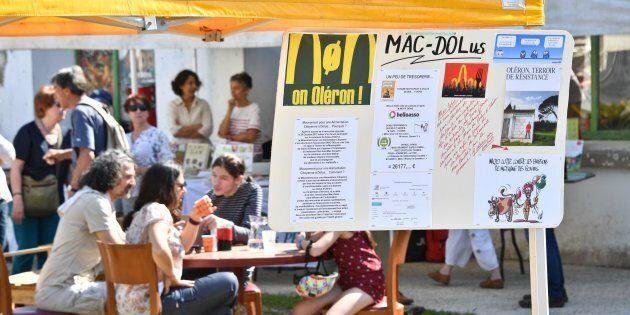 L'isola ecologista francese si oppone a McDonald's, ma una sentenza potrebbe imporre l'apertura di un