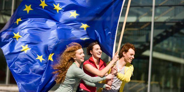 Volontariato e lavoro: da Ue nuova iniziativa (e risorse) per under 30, anche grazie all'Italia, ma la...
