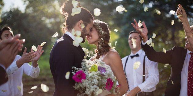 In Italia ci si sposa sempre più tardi. E sempre