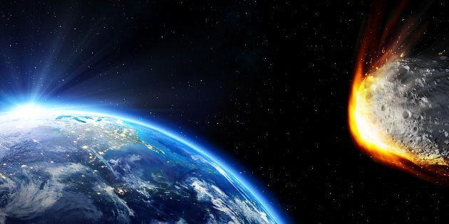 Un asteroide più grande della piramide di Cheope sfiorerà la Terra: l'annuncio della