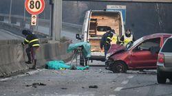 Tassista scende a soccorrere fidanzati feriti in incidente: travolto e ucciso sulla superstrada
