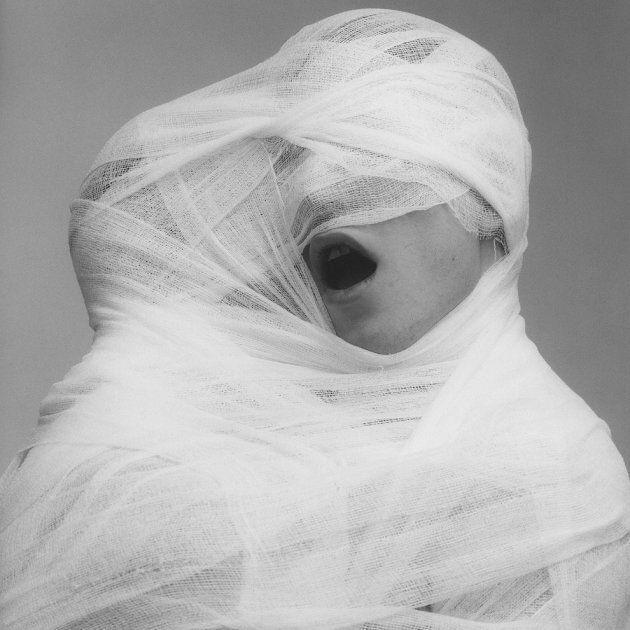 Robert Mapplethorpe, White Gauze, 1984. © Robert Mapplethorpe Foundation. Used by