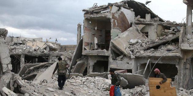 Gli ispettori dell'Opac entrano finalmente a Douma: raccolti campioni per appurare se c'è stato l'attacco