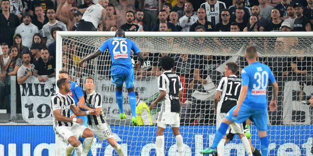 Soccer Football - Serie A - Juventus v Napoli - Allianz Stadium, Turin, Italy - April 22, 2018 Napoli's...