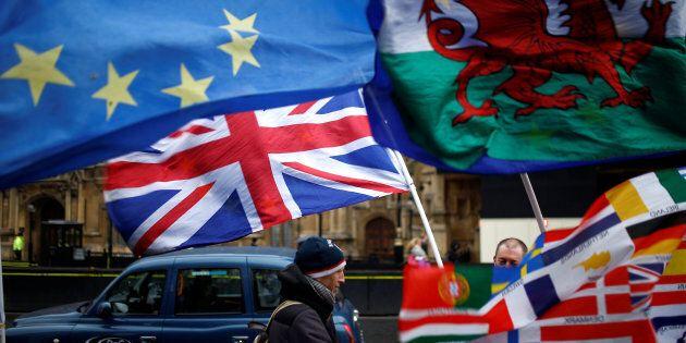 Dalla Ue ok al rinvio della Brexit ma solo con un piano