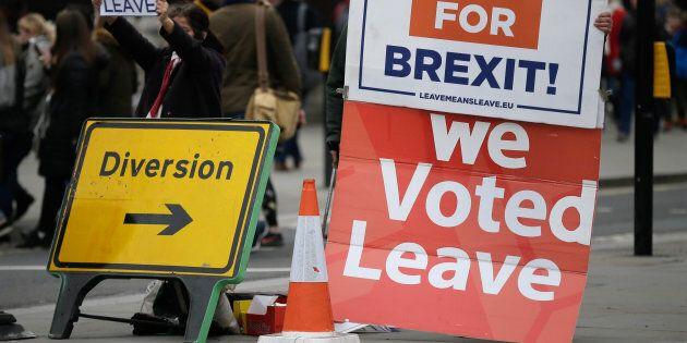 Corbyn apre alla possibilità di un secondo referendum sulla Brexit. Westminster discuterà il