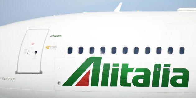 Pronto il decreto Alitalia: più tempo per trovare il compratore e per restituire un miliardo allo