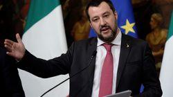 Salvini canta Napoli. Vuole incontrare Sorbillo e andrà ad Afragola: