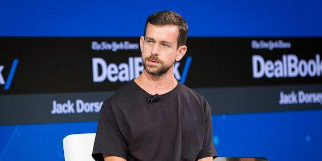 Il fondatore di Twitter rifiuta di rimuovere il profilo di Alex Jones, cospiratore di estrema