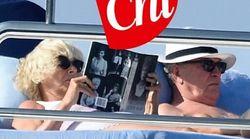Camilla (senza il principe Carlo) in vacanza in Sardegna: le sue letture estive scatenano