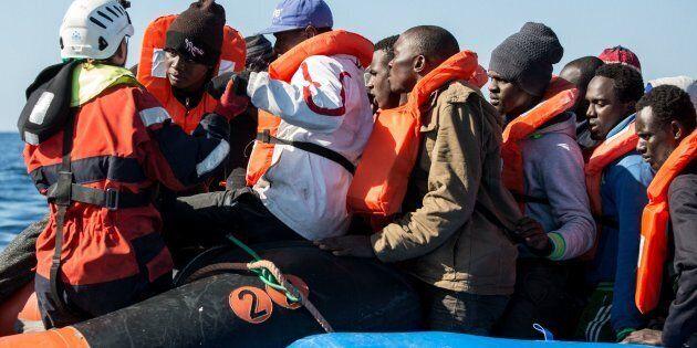 Libia, lo scontro finale e il ricatto sui